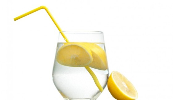 Photo Source: http://www.justcleansing.com/5-reasons-start-day-with-lemon-water/